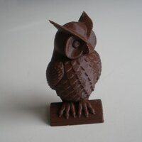 Owl printed in PLA brown with 0.2mm layer thickness